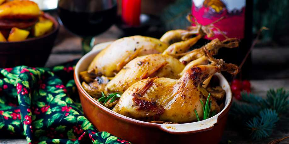 Baked Quails Stuffed with Apples and Prunes