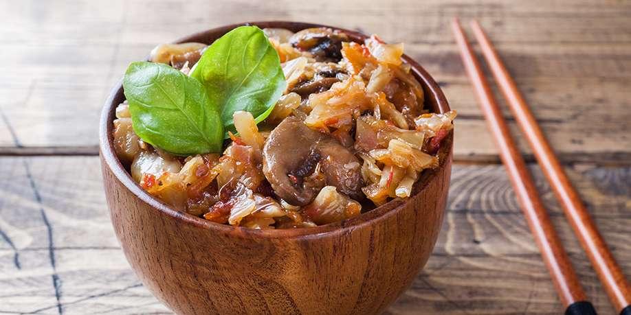 Cabbage with Mushrooms and Jerusalem Artichoke