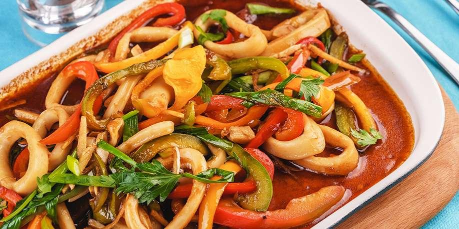Calamari Stewed with Vegetables