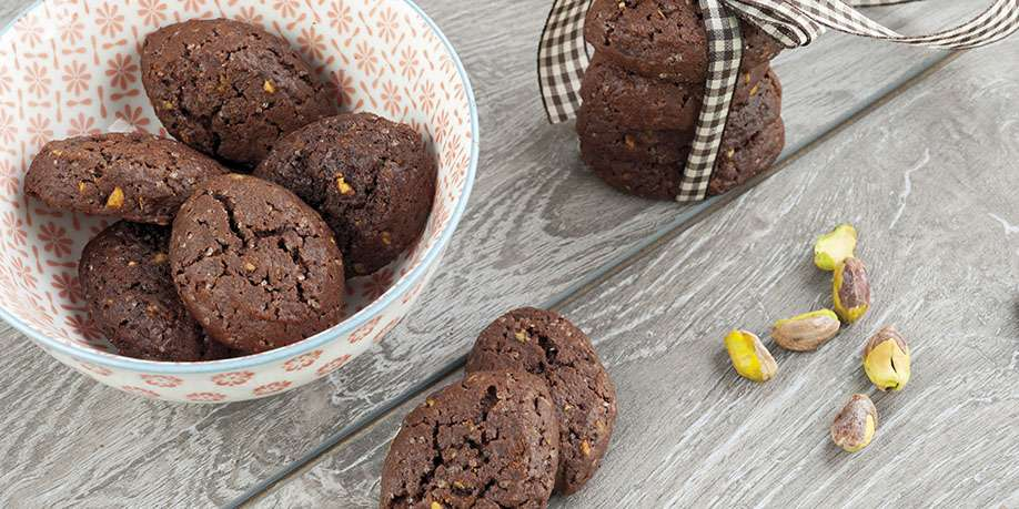 Chocolate Cookies with Pistachios