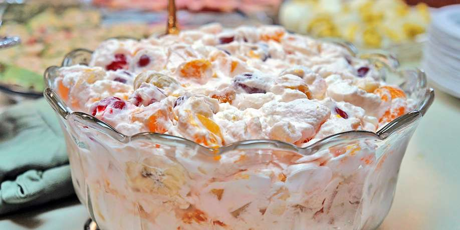 Creamy Salad with Grapes