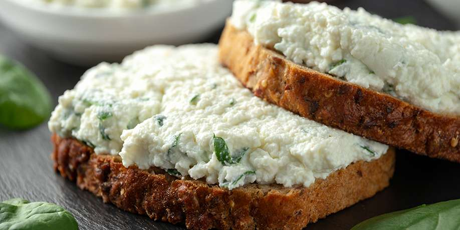 Fried Cottage Cheese with Herbs