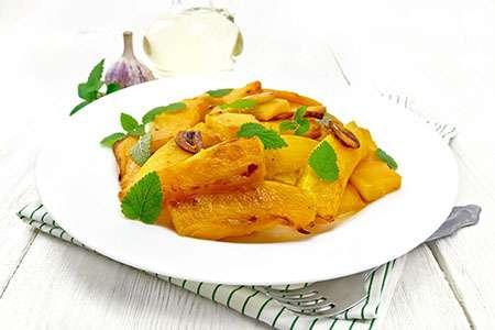 Fried Pumpkin with Garlic