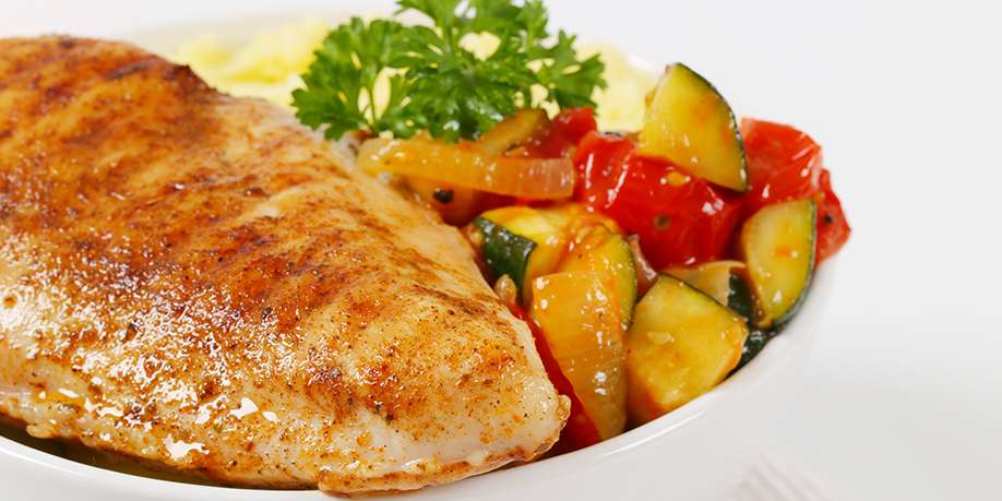 Fried Turkey Breast with Vegetables