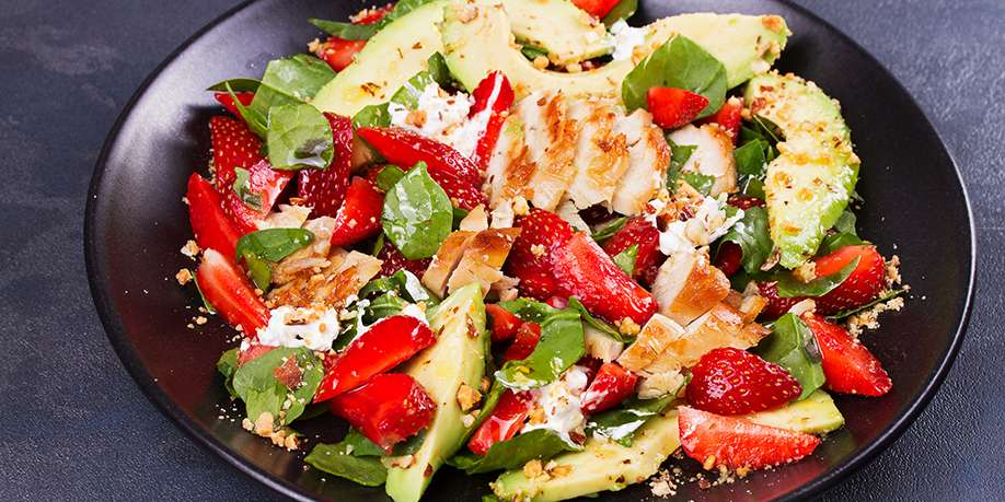 Fruit Salad with Spinach and Chicken