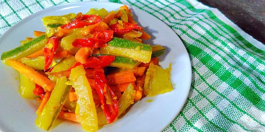 Lightly Pickled Vegetables