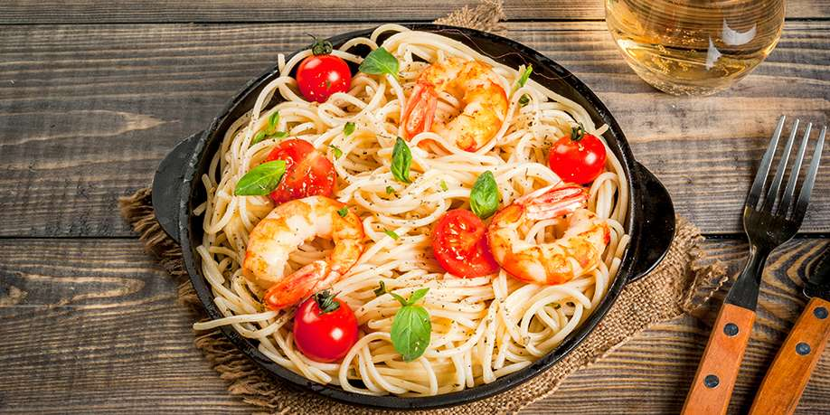 Linguine with Grilled Shrimp, Cheese and Tomatoes