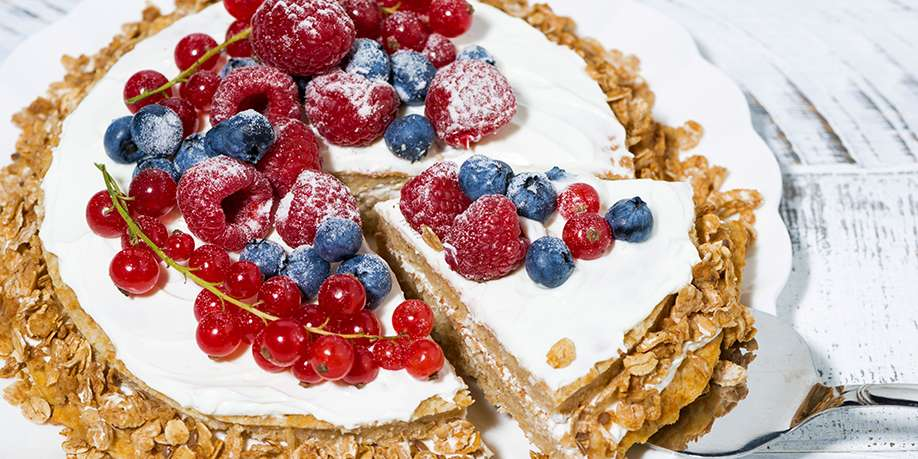 Oatmeal Waffle Cake with Cottage Cheese