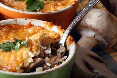 Potato Gratin with Chicken and Mushrooms