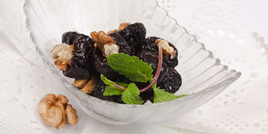 Prunes Stuffed with Walnuts and Cranberries