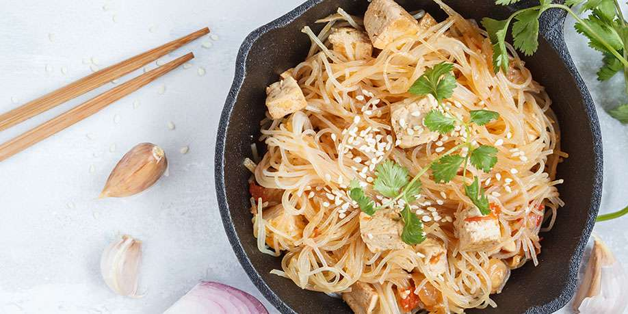 Rice Noodles with Tofu and Vegetables