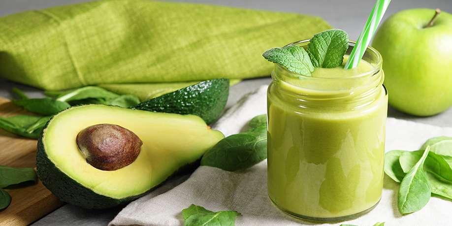 Spinach and Avocado Smoothie