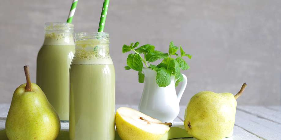 Spinach and Pear Smoothie