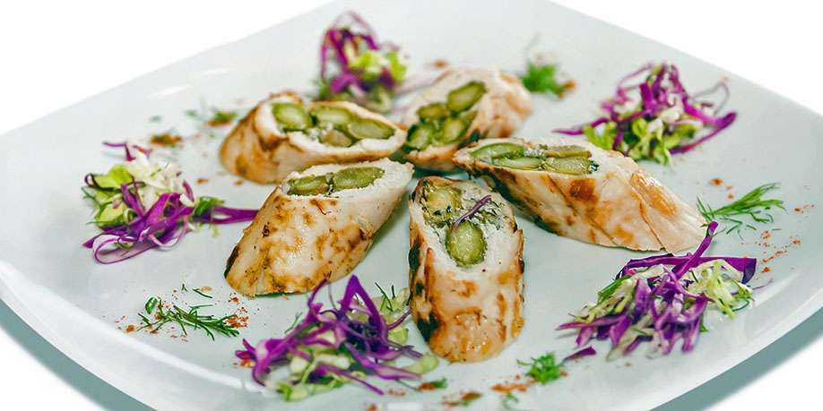 Turkey Rolls with Asparagus and Goat Cheese