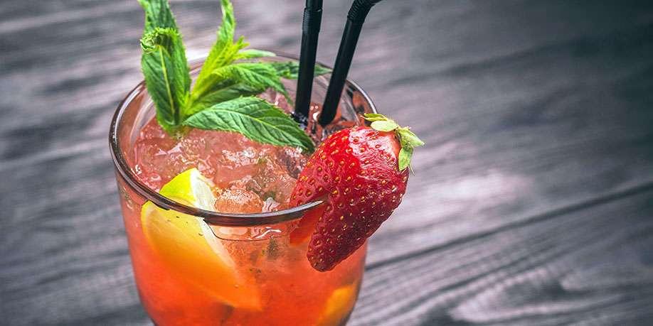 Virgin Strawberry Lemon Mojito