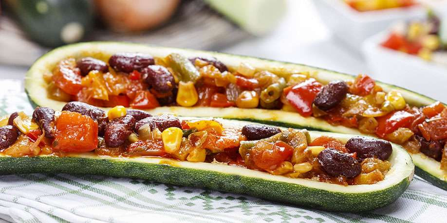 Zucchini Stuffed with Vegetables